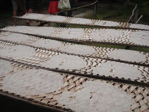 Drying of rice paper
