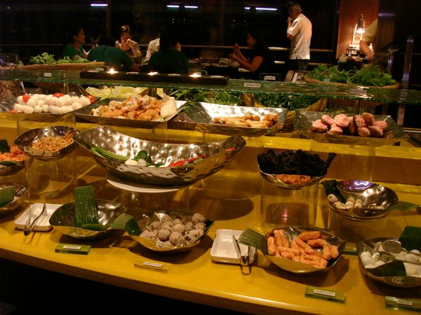 Steamboat Buffet At M Hotel The Tempted Palate S Blog
